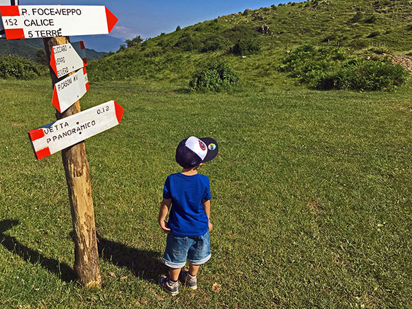 vacanza attiva val di vara bambino sentieri