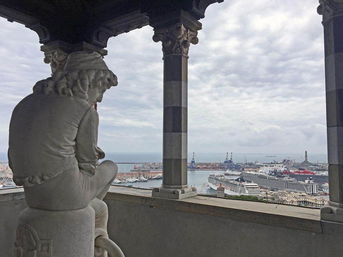 statua colombo giovinetto castello d'albertis genova