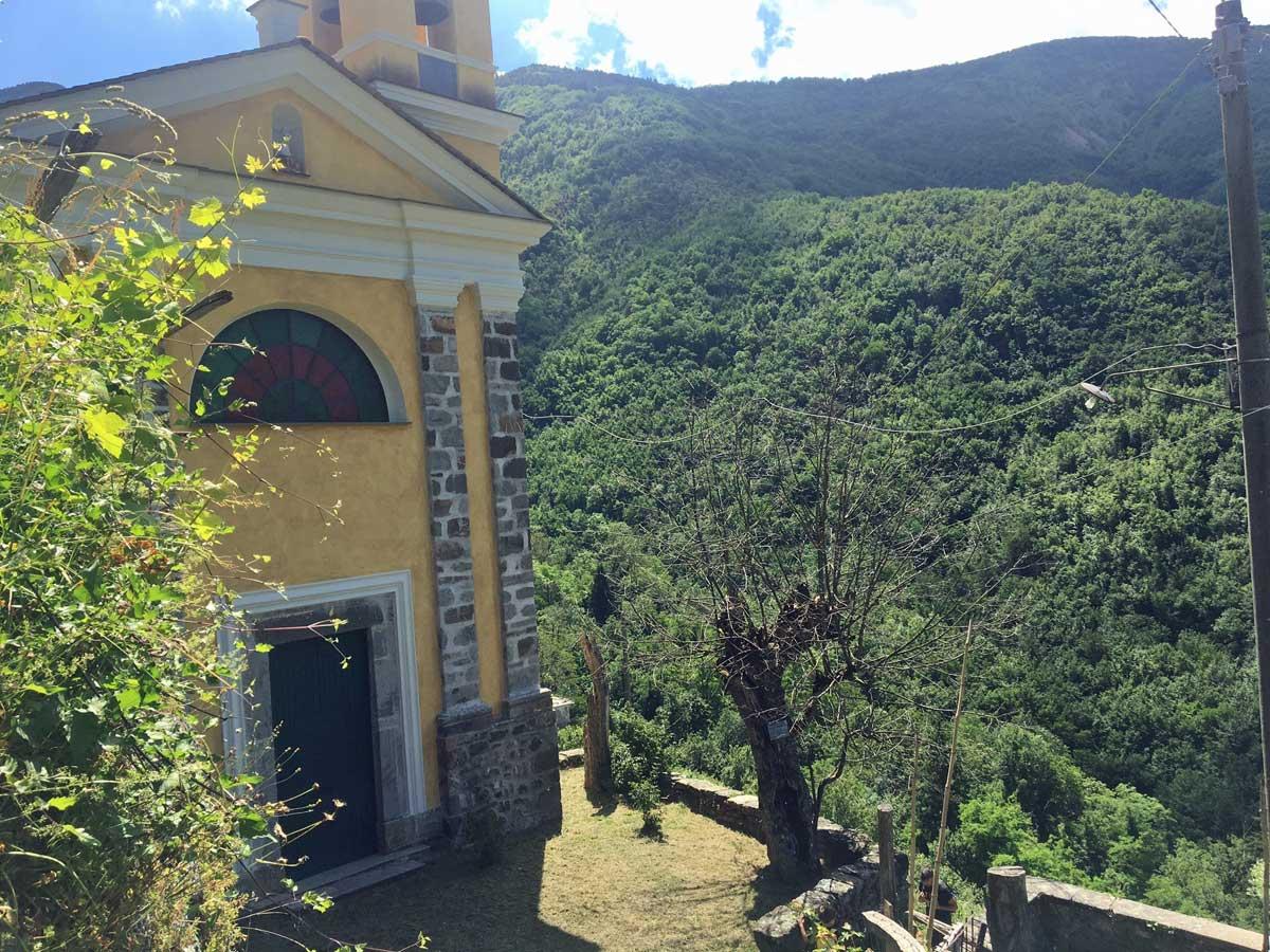 chiesa vallepiana val d'aveto