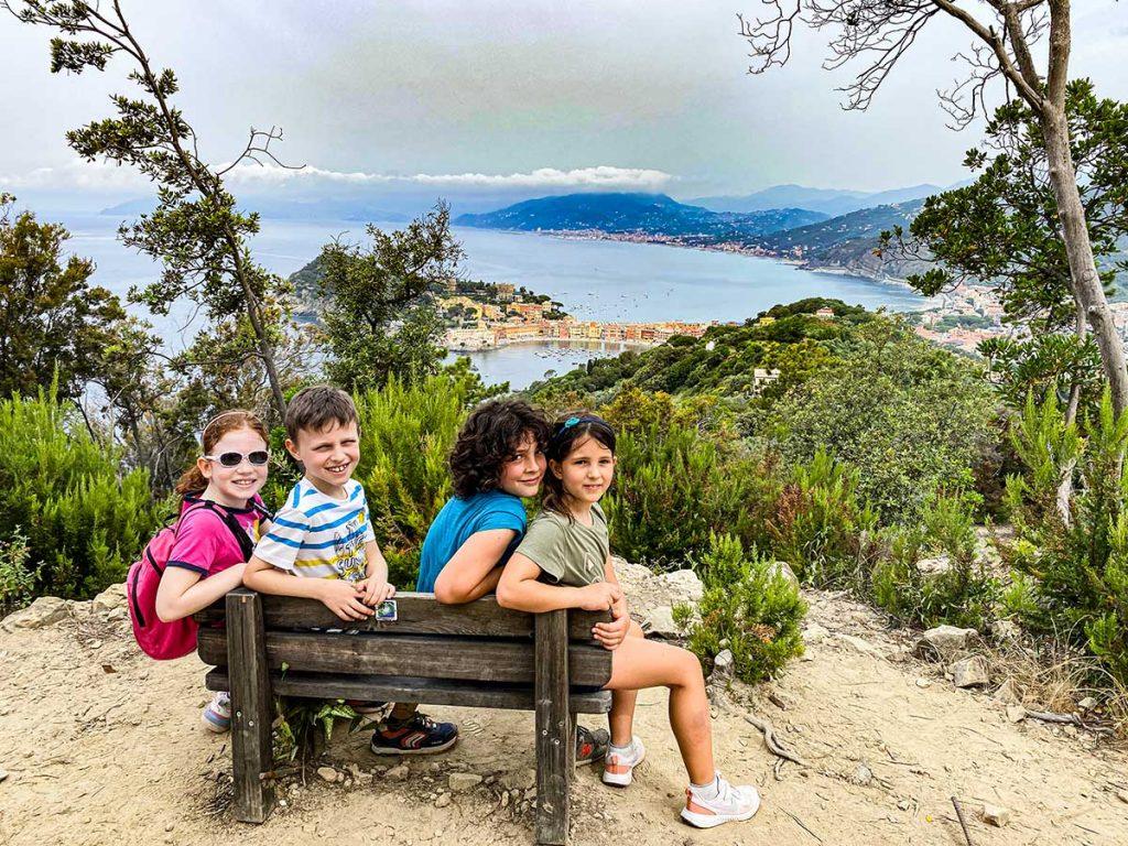 Passeggiata a Punta Manara, il sentiero panoramico a Sestri Levante perfetto per bambini