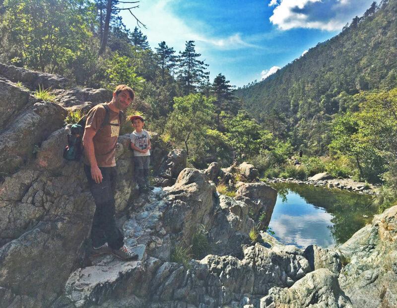 lago della tina papà e bambino