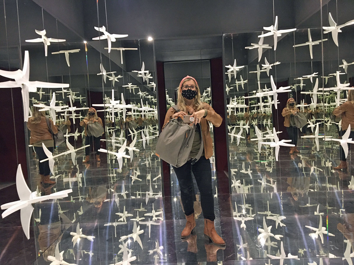 sala specchi mostra escher genova